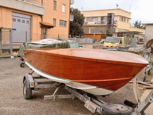 skate.trasimeno.nautica.barche.lin.restauro.motore.11